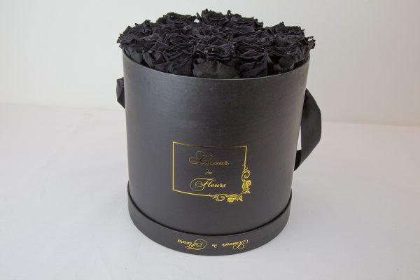 Forever Black Aurora Roses black